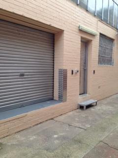 120 m² – Commercial warehouse for rent near the airport Kogarah - Sydney