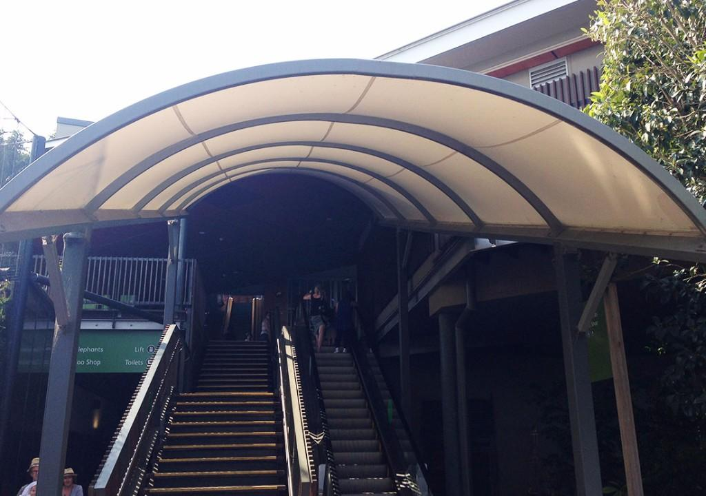 Pick Commercial Umbrellas from Street Umbrellas Australia