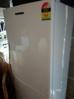 Fridge Freezer - 2 Door Fisher and Paykal