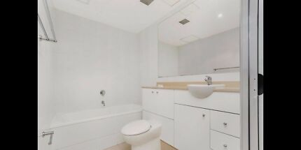 PERFECTLY LOCATED FURNISHED 1 BEDROOM APARTMENT SYDNEY CBD