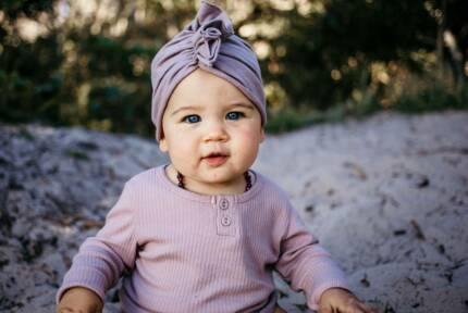 Lifestyle photographer // maternity, newborns, families, couples