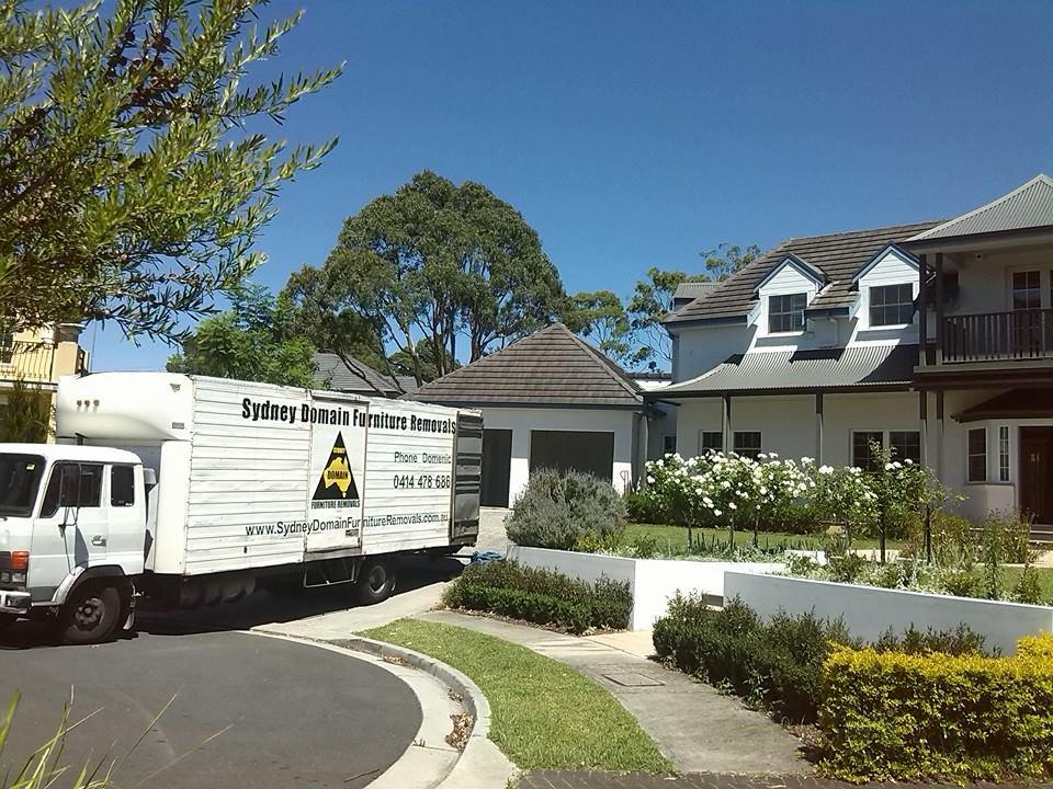 Furniture Removalists To Take Care Of Your Upcoming Move